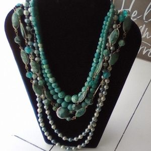 Lot of 4 Vintage Necklaces. Pretty!!